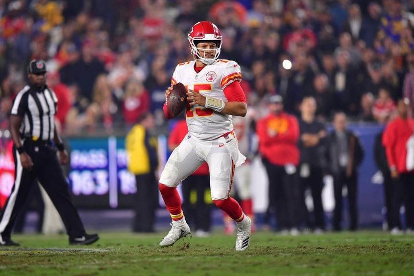 Patrick Mahomes agrees to biggest contract in sports history