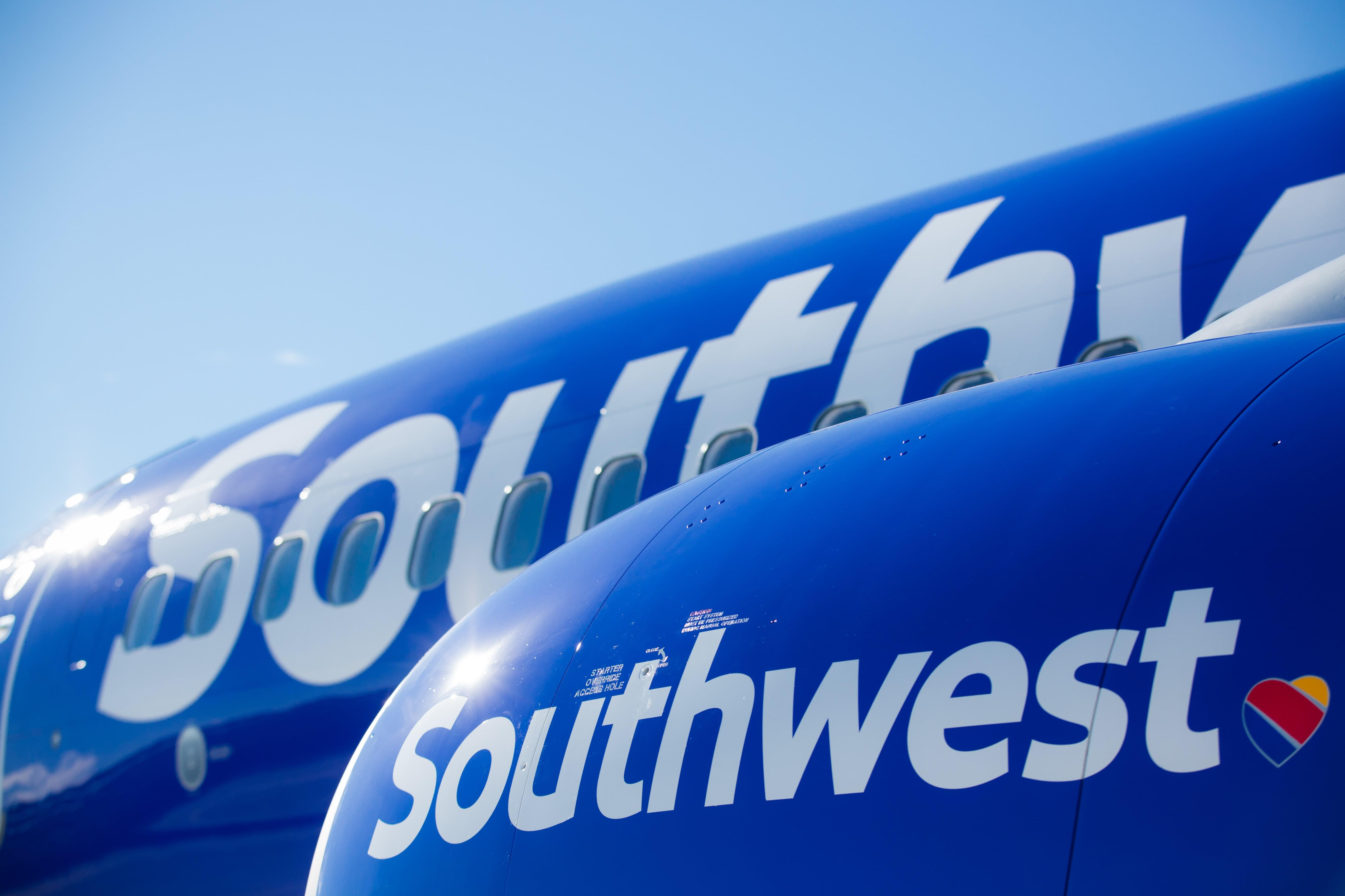 The Ernie Brown Show: Southwest Airlines, American May Have a Sliver of Hope This Holiday Season