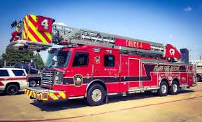 Plano fire truck damaged in early morning accident