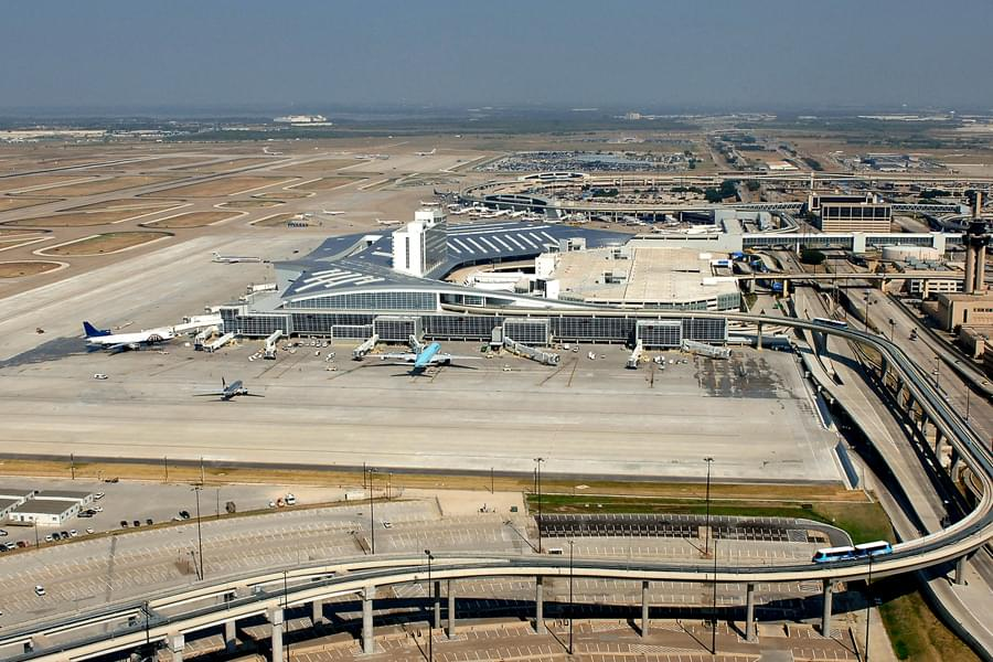 DFW Airport Launching Pre-Paid Thanksgiving Holiday Parking Sales