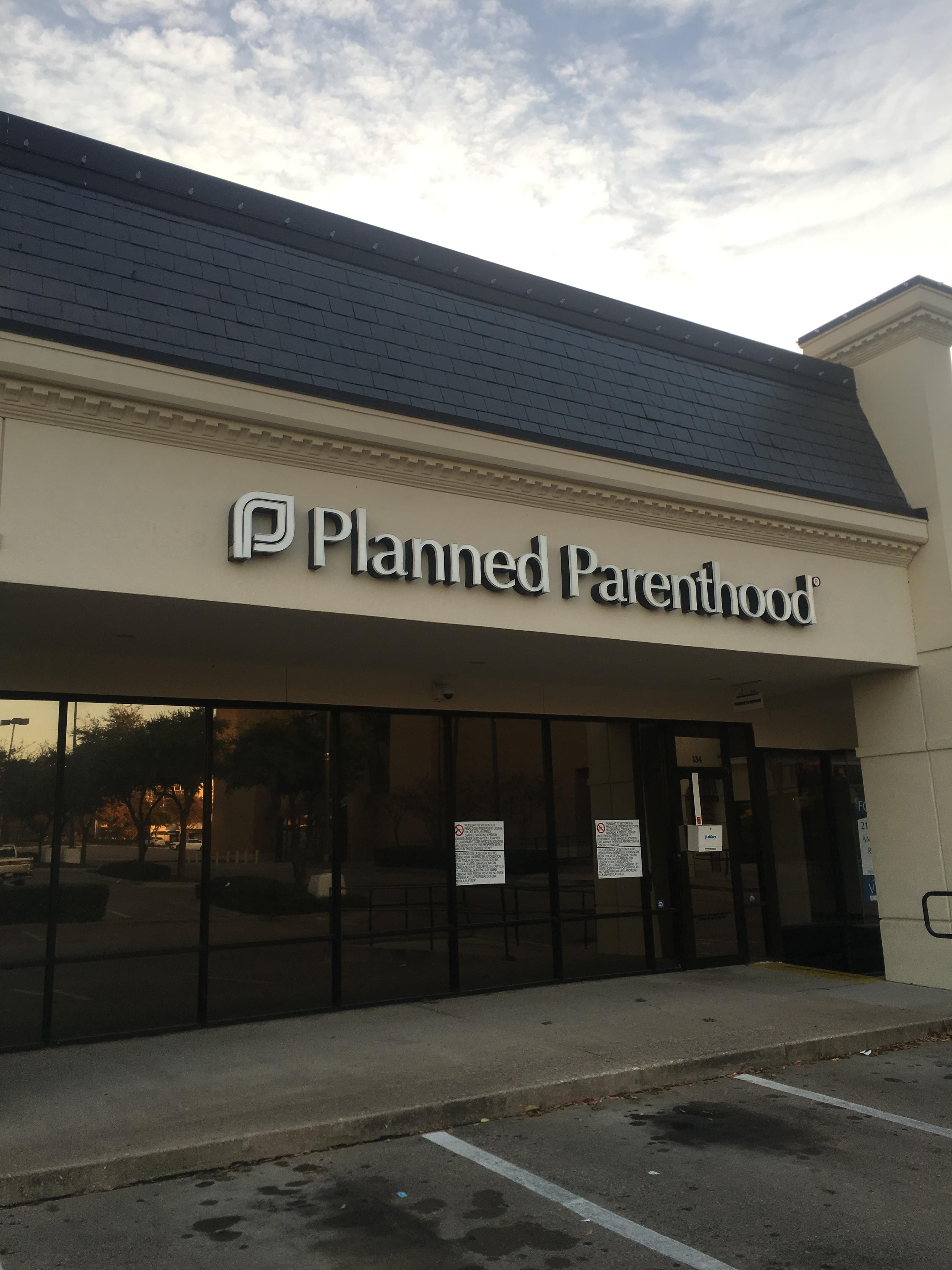 Planned Parenthood Reportedly Suing Texas Over Banning Abortions During COVID-19 Outbreak