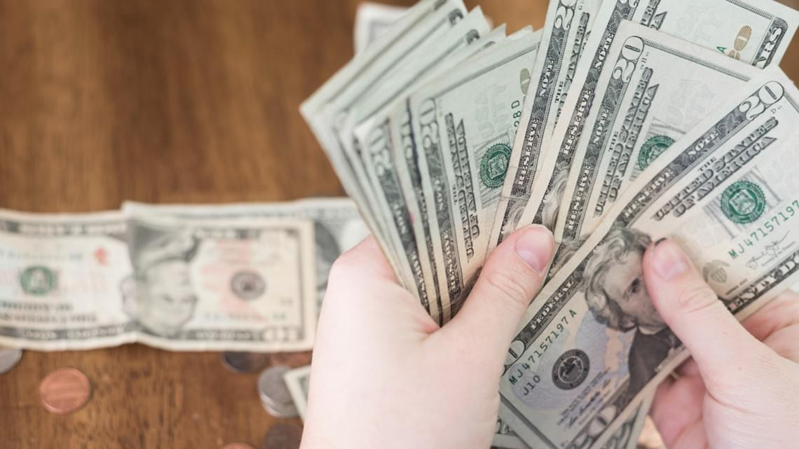KLIF Morning News: Are Unpaid Internships Unethical?