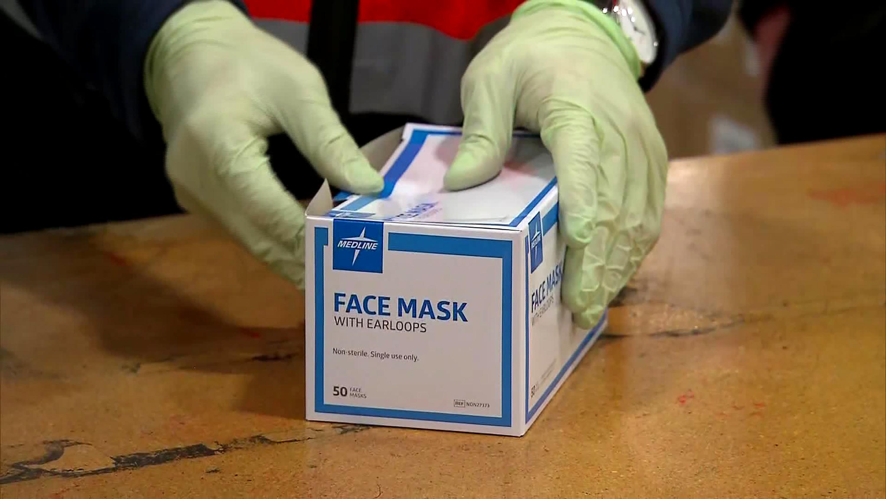 Fort Worth Businesses Can Pick up Free Masks Downtown November 23-25