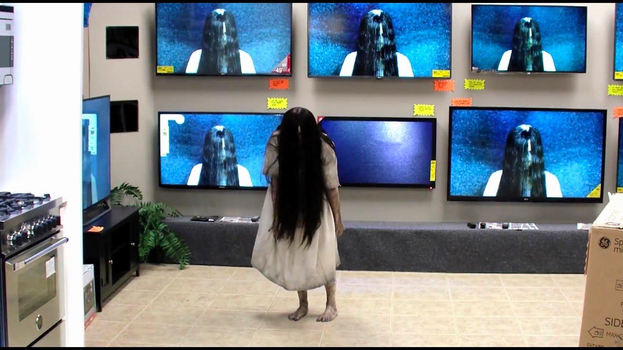 Rings – TV Store Prank [Watch]