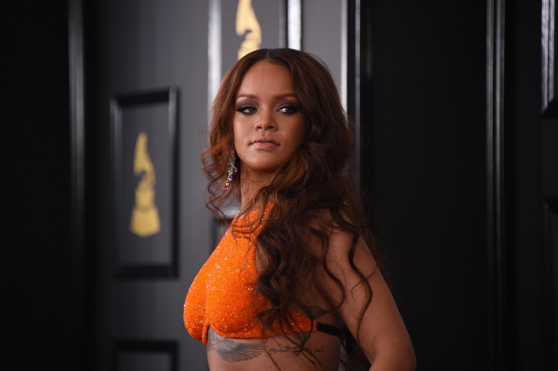 Rihanna's New Boyfriend? [PICS]