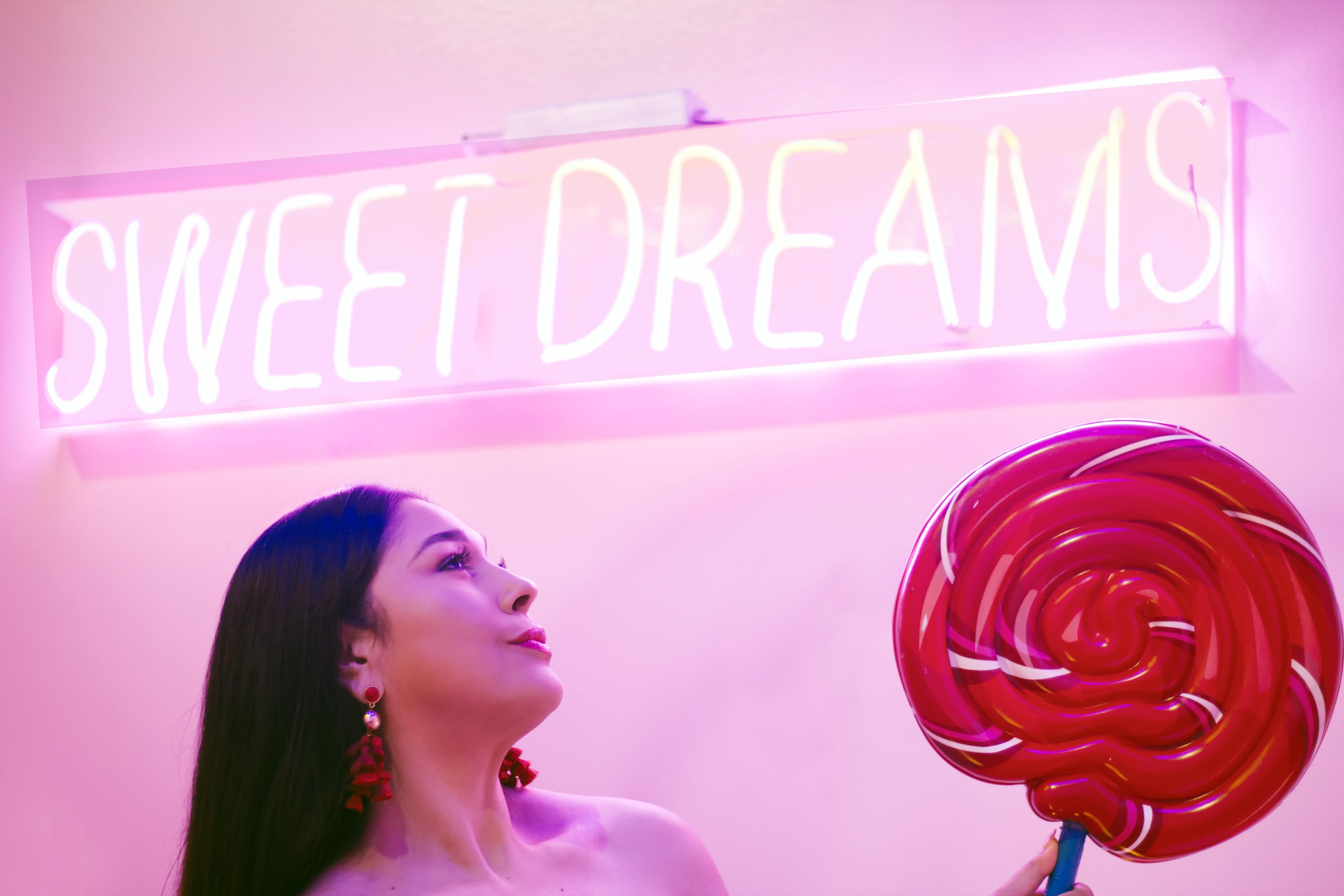 Summer Sumthin' To Do: The Sweet Tooth Hotel [VIDEO]