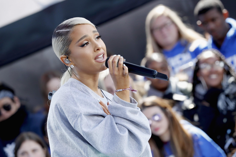 Ariana Grande Got Hit With A Lemon At Coachella