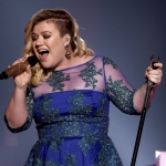 Kelly Clarkson is back hosting the BBMAS