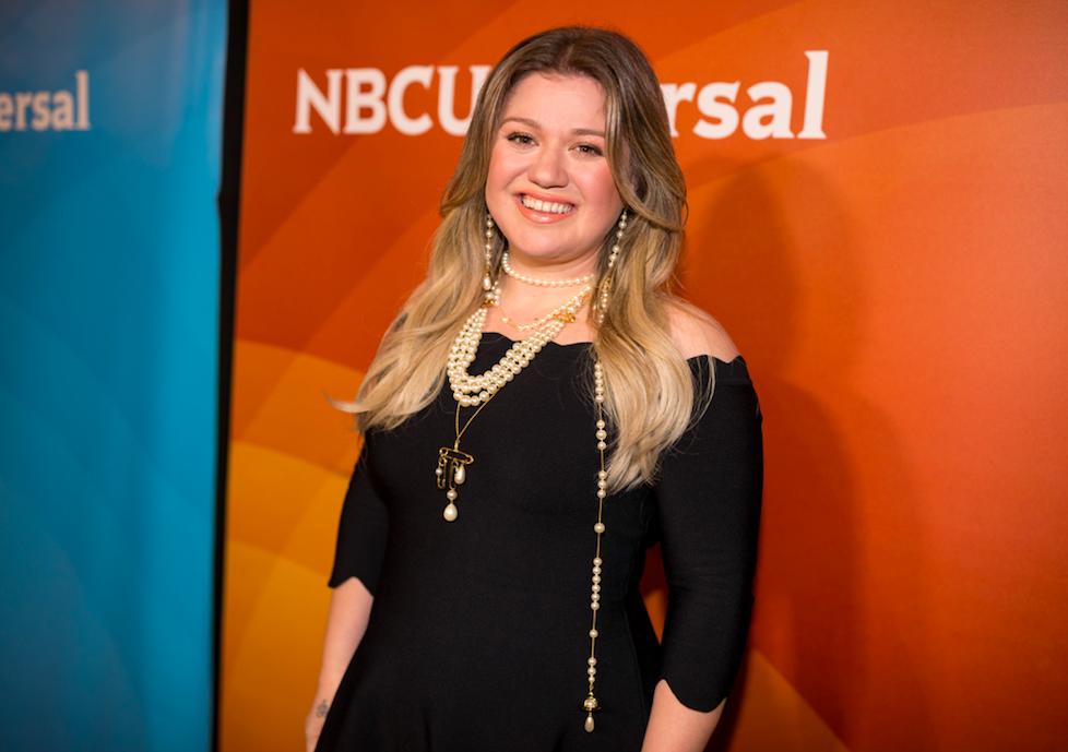 Kelly Clarkson Files for Divorce from Brandon Blackstock
