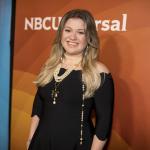 Kelly Clarkson Rumored To Takeover For Ellen