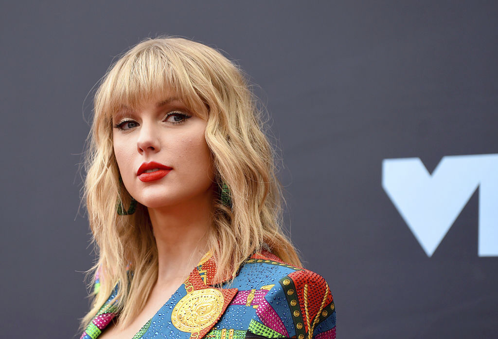 "Taylor Swift Opens Up About Re-recording ""Fearless"""