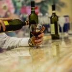 VIRAL: Bartender's Quick Thinking Saves Woman