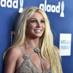 Britney Spears Posts Near-Naked Pics