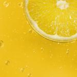 Moms Scolds Neighborhood For NOT Stopping At Kids' Lemonade Stand