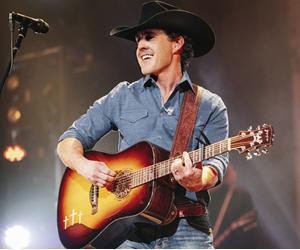 Aaron Watson   Billy Bob's Texas   12.28.19