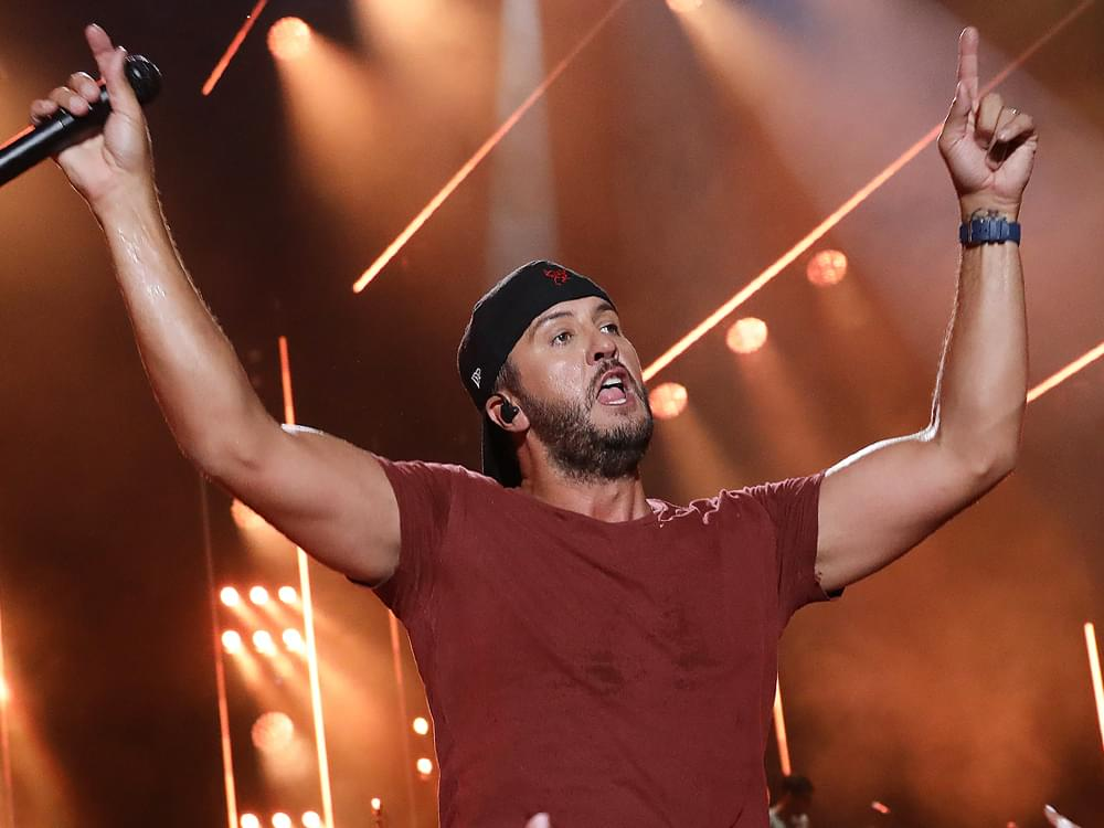 "Luke Bryan Scores 23rd No. 1 Single With ""Knockin' Boots"""
