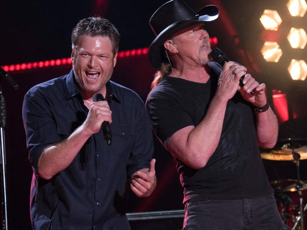 """Trace Adkins Christmas Show 2020 Blake Shelton Announces 2020 """"Friends & Heroes Tour"""" With Trace"""
