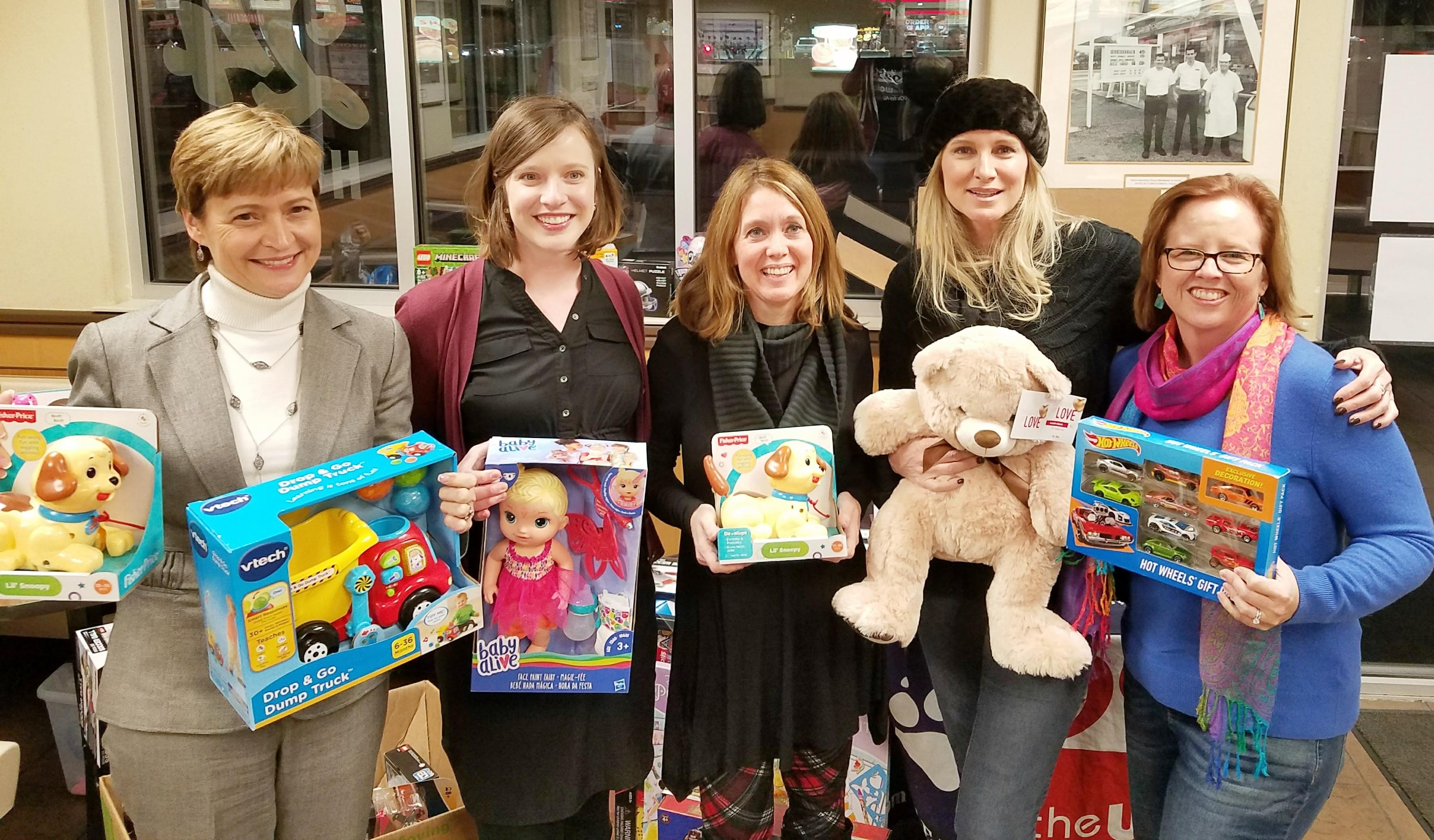 QSLWM Crew with Lisa Taylor Whataburger Toy Drive