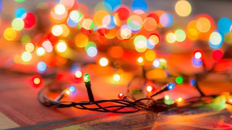 LED-Christmas-Holiday-light-savings