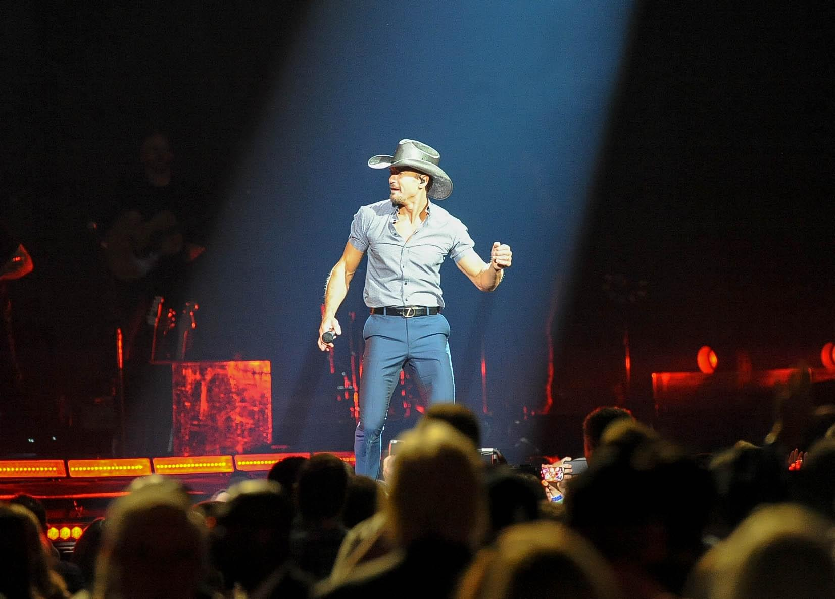 Tim McGraw Will Receive The Military Caregiver Champion Award