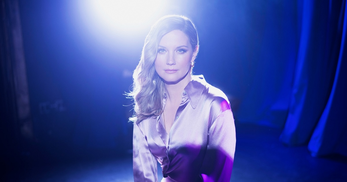 Jennifer Nettles Talks About Motherhood & Her New Album on The Drew Barrymore Show