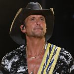 """Tim McGraw's Creative Process? """"I'm Always Watching People Trying to Figure Out Their Story"""""""