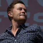 """Scotty McCreery Scores 3rd No. 1 Single With """"In Between"""""""