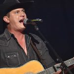 """Watch Jon Pardi Honor Joe Diffie With Rousing Rendition of """"Pickup Man"""" at the CMA Awards"""