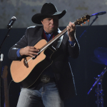 """Garth Brooks on How """"The Dance"""" Helped Stop a Suicide"""