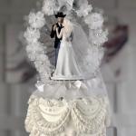 EXCLUSIVE DETAILS: We Talked To Blake & Gwen's Wedding Cake Maker