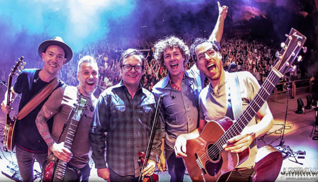 10/23/21 – The Infamous Stringdusters & We Banjo 3 at Royal Oak Music Theatre