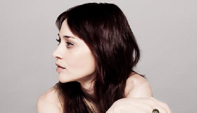 Fiona Apple: Reveals Album Title