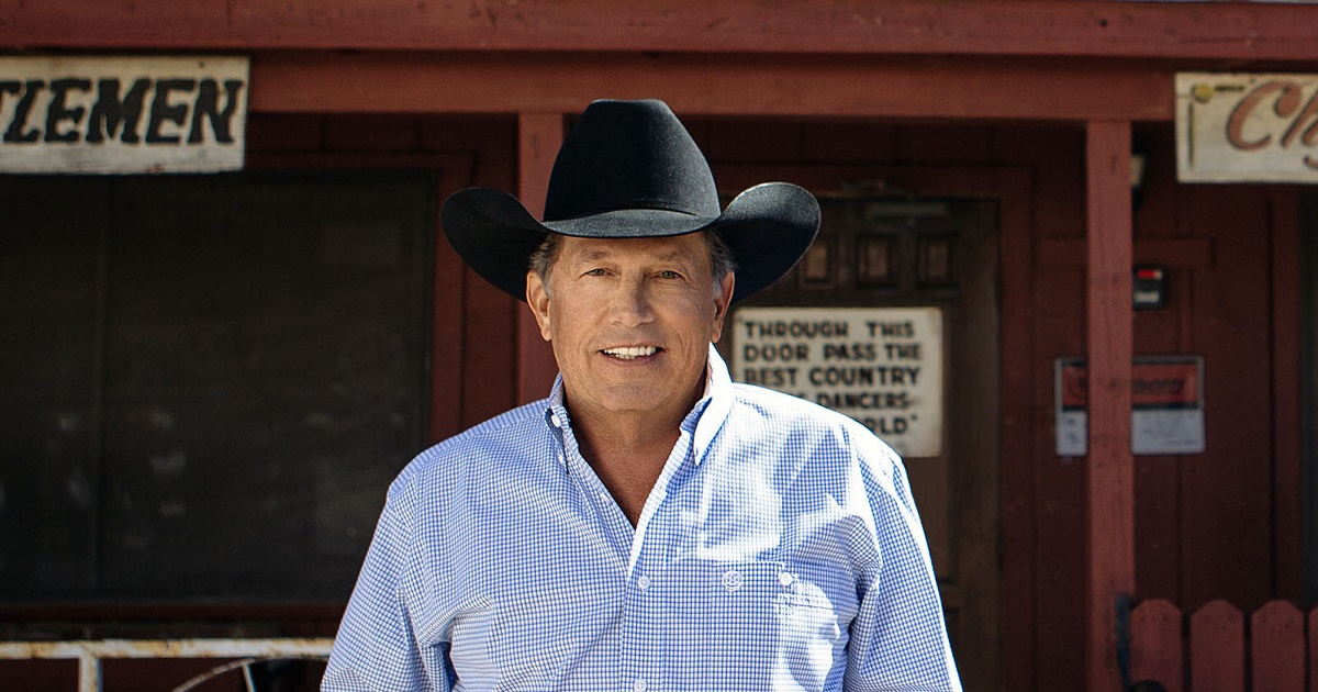 """George Strait Headed Back To Vegas for His """"Strait To Vegas"""" Shows"""