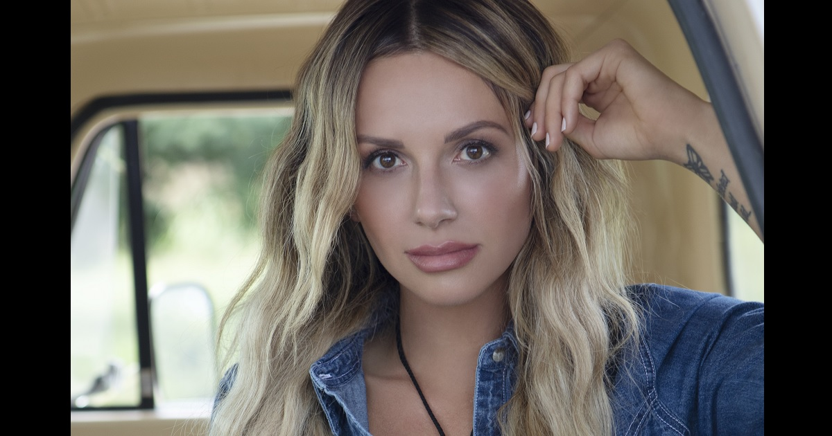 """Carly Pearce Sings """"Next Girl"""" On Jimmy Kimmel Live"""