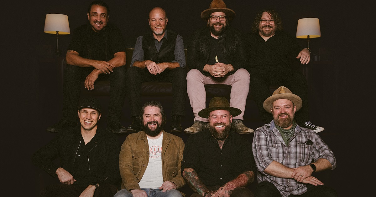 """Zac Brown Band Performs """"Out In The Middle"""" on The Late Show"""