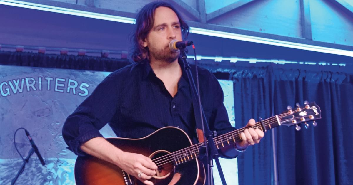 "Hayes Carll Reimagines Past Songs on New Acoustic Album, ""Alone Together Sessions"""