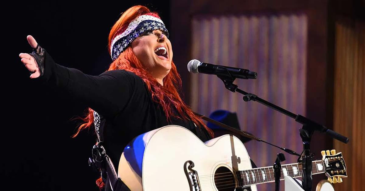 "Wynonna to Release Brand-New EP of Cover Songs, ""Recollections"" [Listen to ""I'm a King Bee""]"