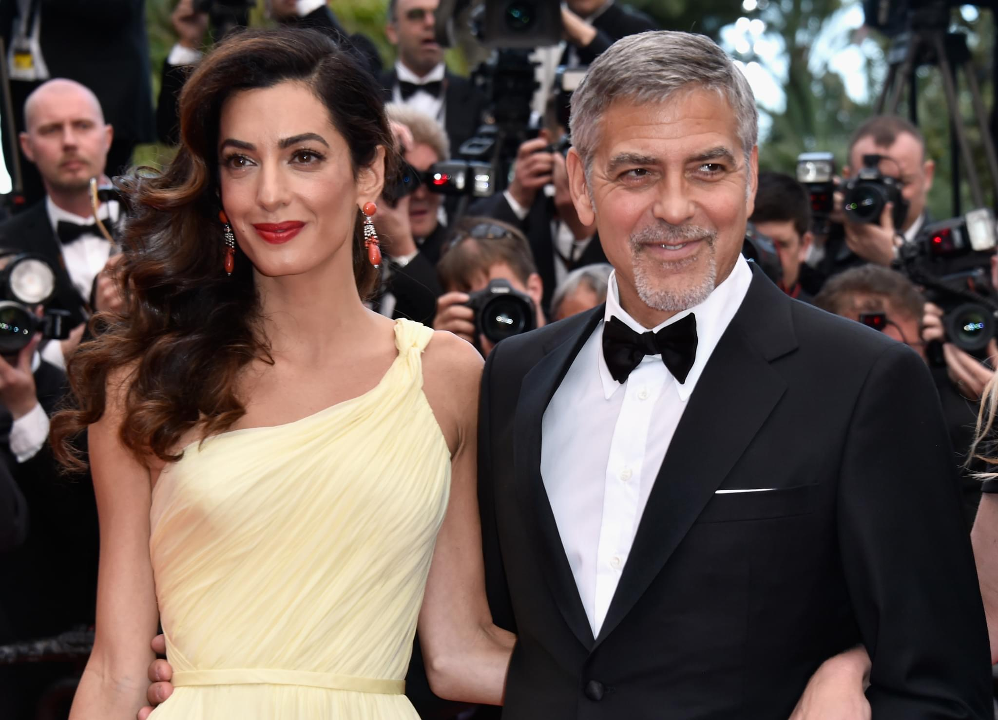 George Clooney Cuts His Own Hair . . . with a Flowbee?