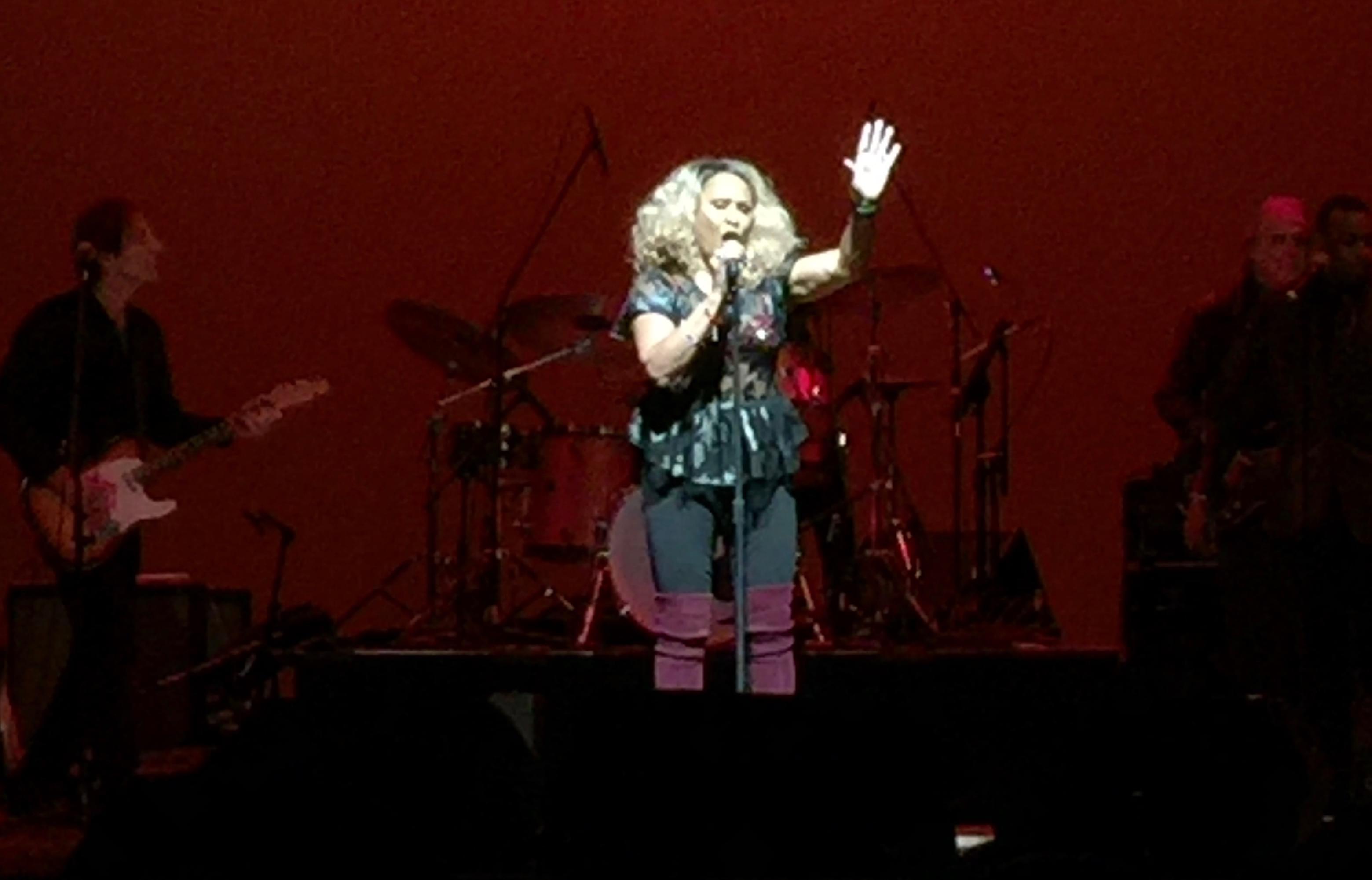 Darlene Love delivers powerhouse performance at Cranston's Park Theatre