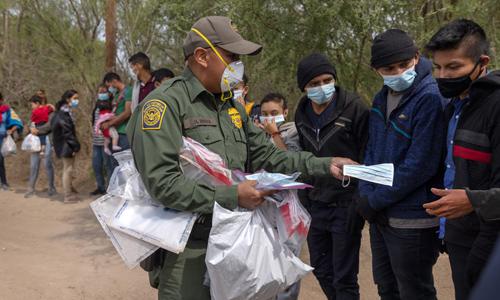 Texas Police Say Biden Admin Releasing Illegals With COVID in Rio Grande Valley