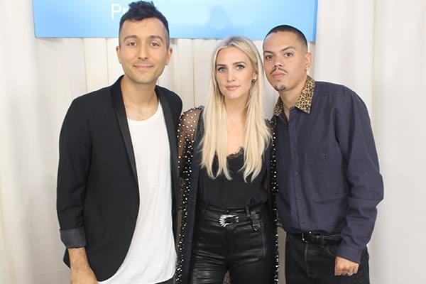 Backstage at the 2018 American Music Awards! [Exclusive]