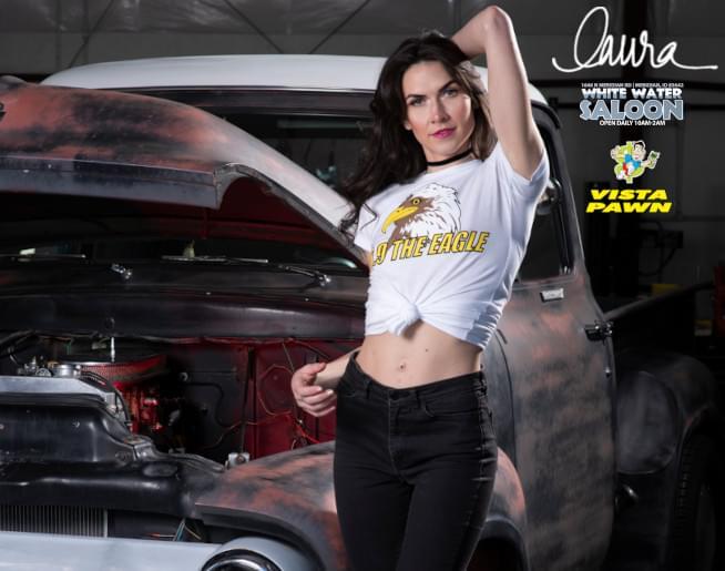 Miss December – Laura