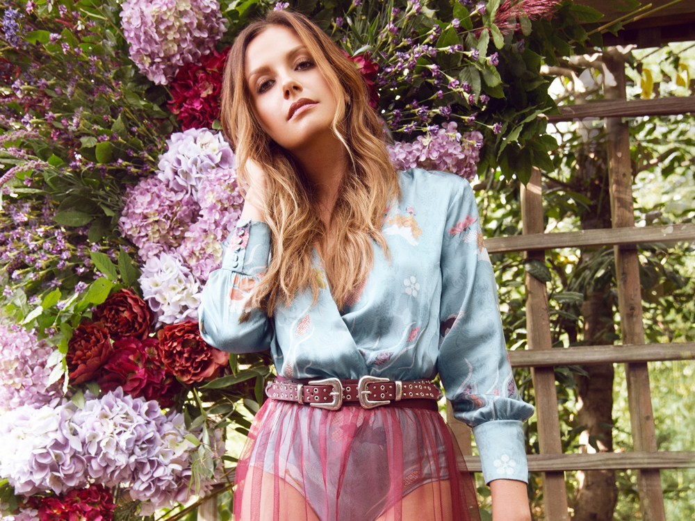 "Carly Pearce's New Single, ""Every Little Thing,"" Gets a Seal of Approval From Kelsea Ballerini, Cam, Lucy Hale [Listen]"