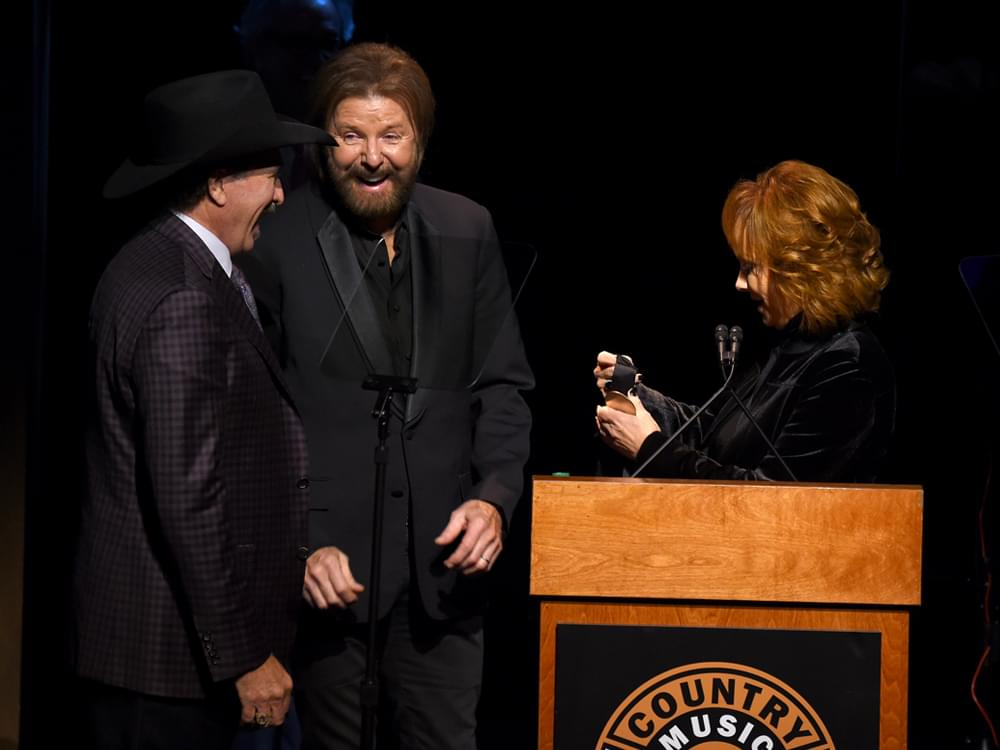 Country Music Hall of Fame Welcomes New Members Brooks & Dunn, Ray Stevens & Jerry Bradley in Star-Studded Ceremony [Photo Gallery]
