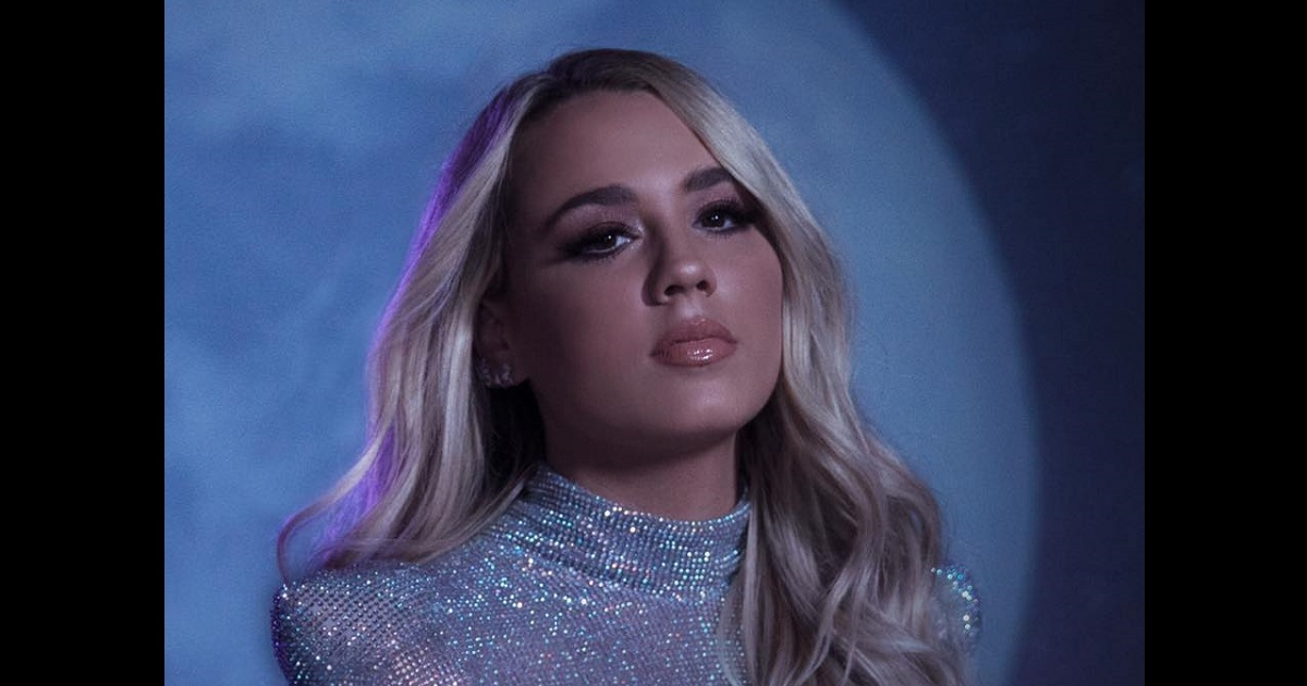 Gabby Barrett Sings On The Late Show As Deluxe Version of Goldmine is Announced