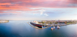 Long Beach plans to save the Queen Mary