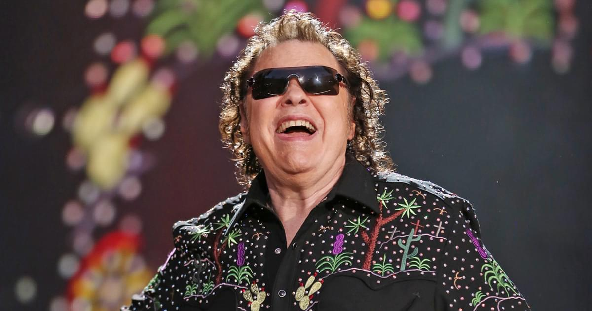 "Listen to Ronnie Milsap's New Rendition of ""Merry, Merry Christmas Baby"""