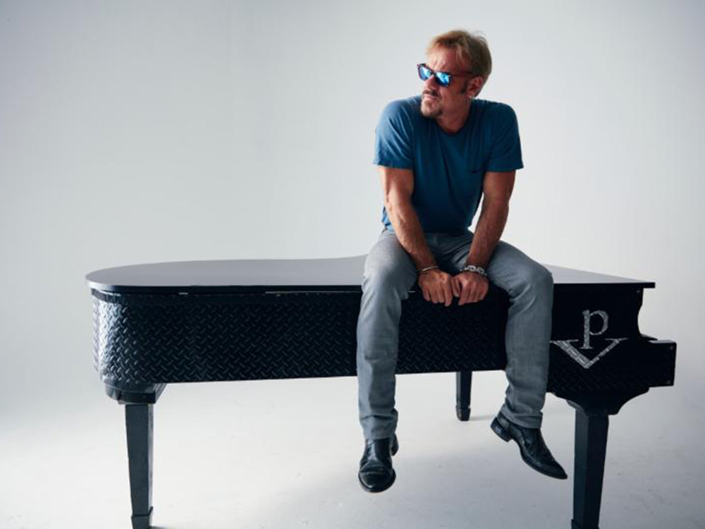 "Phil Vassar to Release First New Album in Seven Years, ""American Soul"""