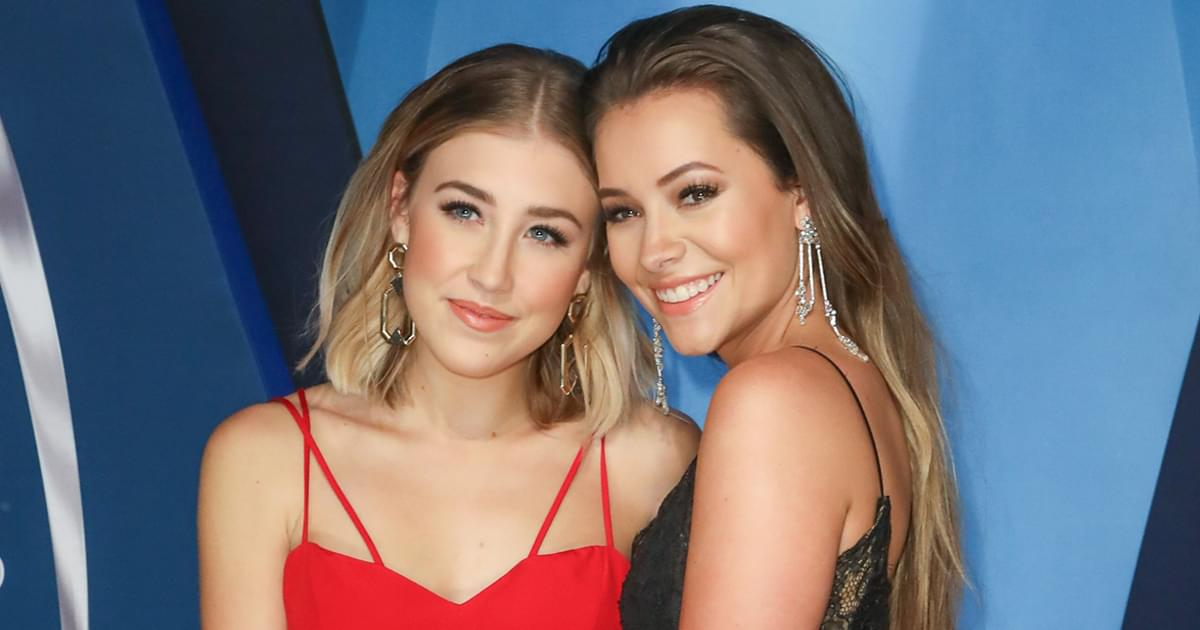 "Maddie & Tae Celebrate ""Merry Married Christmas"" With New Last Names [Listen]"