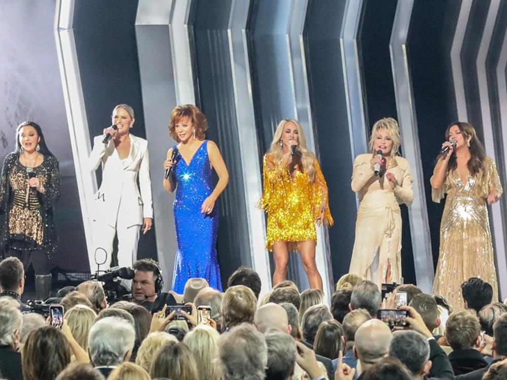 Watch Dolly Parton, Reba McEntire, Carrie Underwood & More Open the CMA Awards With All-Star Medley